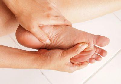 Włókniakowatość rozcięgna - choroba Ledderhose - guzki na podeszwie stopy